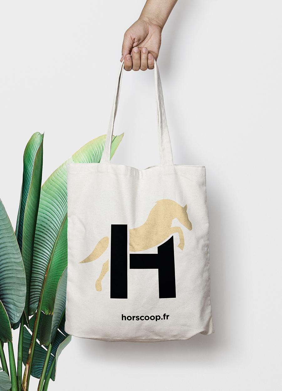 Horscoop-tote-bag-1-blanc-josselin-tourette